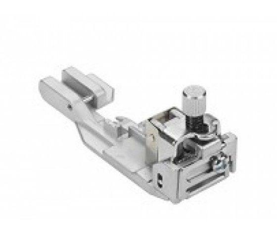 Piedino per inserire elastici - 1 - per Tagliacuci Bernina 5020106459